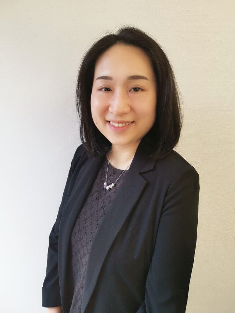 Helen Wong Senior Accounting Assistant